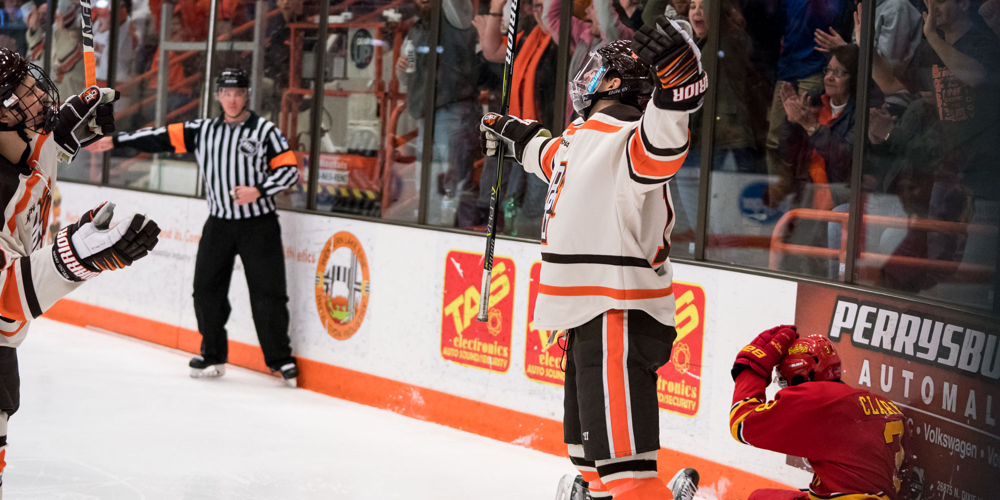 'Dog Gone: #17 Falcons advance in WCHA Playoffs with 5-2 win